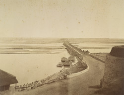 Bridge of Boats, [Delhi].